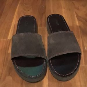 LIKE NEW J. Crew slides